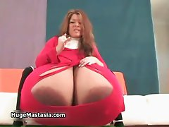 Hot and horny babe Vanessa sitting part5