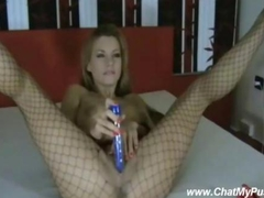 Hot Blondie play hard