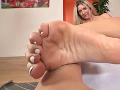 erotic feet - alysha rylee living photos