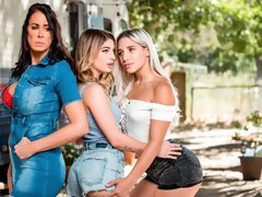 Gorgeous lesbian action with Reagan Foxx and Abella Danger