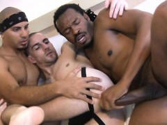 Big dick gay threesome and anal cumshot