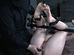 big ass sex slave bound and toyed by master