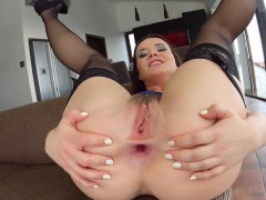 Asstraffic Big ass brunette gets a nice drilling in