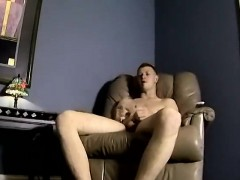 Emo gay amateur and porn jobs Nimrod gives him a partnerly f