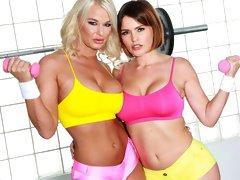 Lesbian Dp Workout