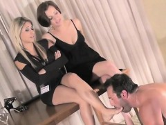Female female-dom teache her bondman a lesson in humility
