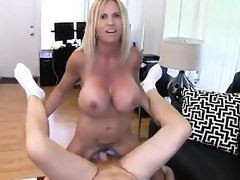 Giant titty blonde making love and Darla from 1fuckdatecom