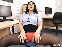 Office girl spreads and flashes her lace panties