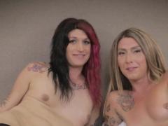 Inked lesbian tranny analfucking reverse