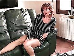 Amateur redhead mature strips to play with her cunt