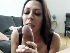 Rachel is sucking cock like a pro and receives a facial