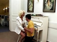 Young guy covets to retro blonde mature lady and fucks her hard