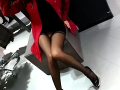 Elegant amateur babe in stockings reveals her sexy long legs