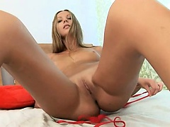 Beautiful blonde rubbing the vagina